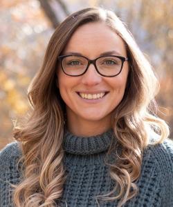 Brittany Lange Headshot